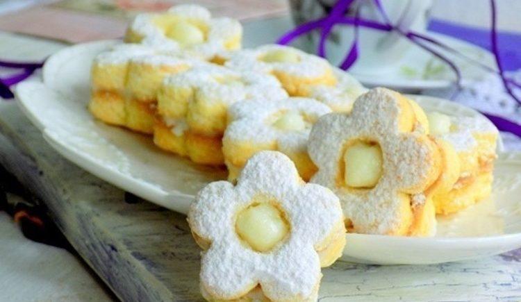 Linecké koláčiky s kokosom a vanilkovým krémom