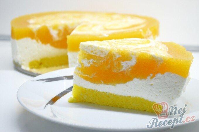 """Jednoduchý tvarohový dort s meruňkami """"Sluneční pozdrav"""""""
