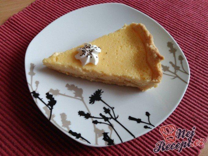 Mandarinkový koláč z křehkého těsta